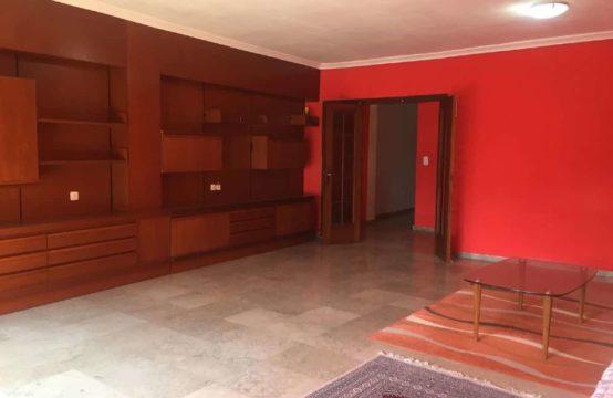 PRO1974<br>Grand appartement à réformer à Vergel