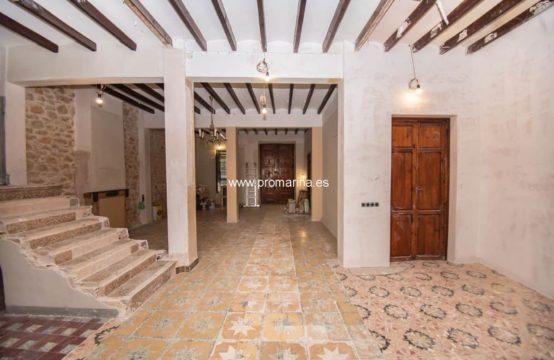 PRO2074<br>Casa de pueblo semireformada a la venta en Senija