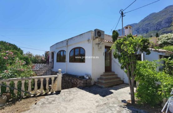 PRO2125<br>Villa to reform in a very good area of Dénia