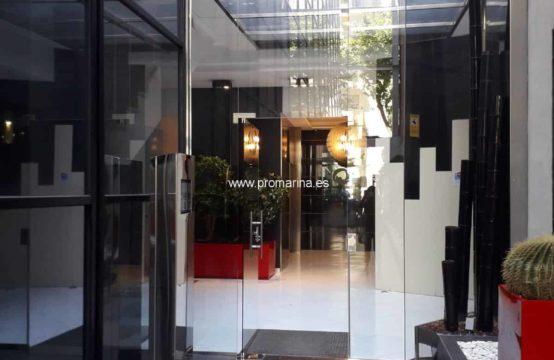 PRO2140A<br>Se alquila oficina en pleno centro de Dénia.