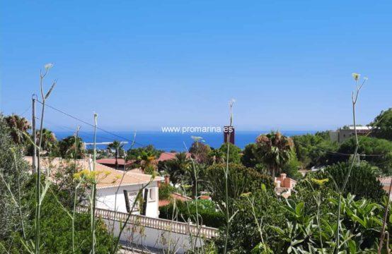 PRO2161<br>Parcela en muy buena zona con bonitas vistas al mar