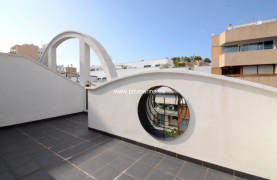 PRO2260C<br>Penthouse moderne en duplex au cœur de la ville