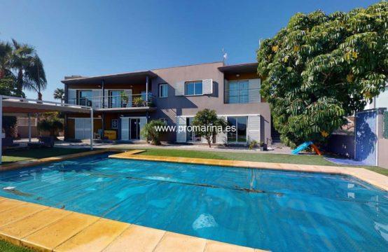 PRO2250C<br>Preciosa villa de estilo moderno en Beniarbeig
