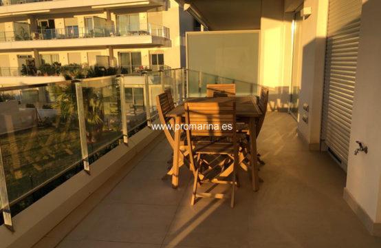 PRO2313A<br>Apartamento con bonita terraza en alquiler anual