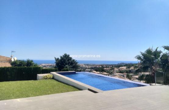 PRO2425C<br>Villa moderne et exclusive avec vue imprenable sur la mer